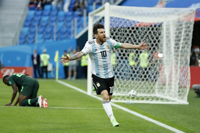Kenneth Omeruo of Nigeria, Lionel Messi of Argentina during the 2018 FIFA World Cup Russia group D match between Nigeria and Argentina at the Saint Petersburg Stadium on June 26, 2018 in Saint Petersburg, Russia (Getty Images)