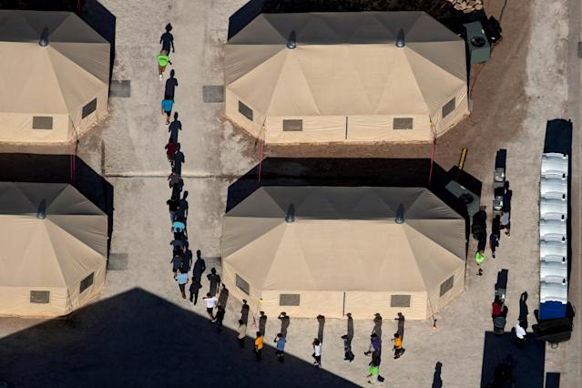 Immigrant children at a detention facility in Tornillo, Texas, in 2018. (Photo: Mike Blake/Reuters)