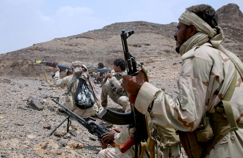 Yemeni forces loyal to the government of President Abedrabbo Mansour Hadi have struggled since the end of August to break the siege of Taez which the rebels have surrounded for more than a year
