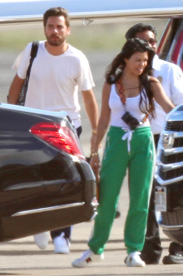 """<p>Kourtney Kardashian and Scott Disick don't let a little thing like a breakup get in the way of their family vacation. Despite reported tension between the couple, Kourtney and Scott most recently took their three children to Hawaii to spend time as a family. Sounds like a safe destination where Scott couldn't get into <i>too</i> much trouble. Then again, Costa Rica <a rel=""""nofollow"""" href=""""https://www.yahoo.com/celebrity/scott-disick-is-back-to-his-womanizing-partying-ways-002844324.html"""">seemed like a fine idea</a>, too. (Photo: AKM-GSI) </p>"""