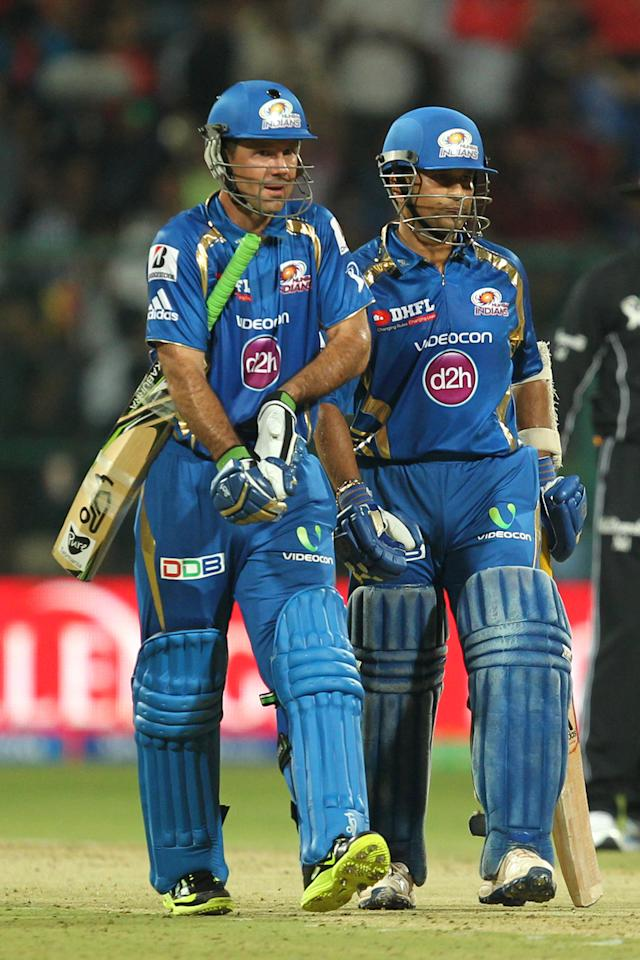R. Ponting and S. Tendulkar during match 2 of of the Pepsi Indian Premier League between The Royal Challengers Bangalore and The Mumbai Indians held at the M. Chinnaswamy Stadium, Bengaluru on the 4th April 2013Photo by Prashant BhootSPORTZPICS Use of this image is subject to the terms and conditions as outlined by the BCCI. These terms can be found by following this link:https://ec.yimg.com/ec?url=http%3a%2f%2fwww.sportzpics.co.za%2fimage%2fI0000SoRagM2cIEc&t=1493354802&sig=vMmopEOmokynrlanBMkN_Q--~C