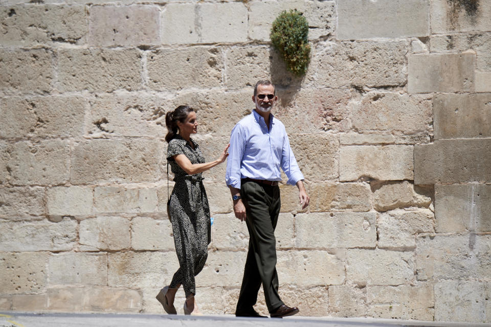 CUENCA, SPAIN - JULY 02: King Felipe VI of Spain and Queen Letizia of Spain visit the Old Town on July 02, 2020 in Cuenca, Spain. This trip is part of a royal tour that will take King Felipe and Queen Letizia through several Spanish Autonomous Communities with the objective of supporting economic, social and cultural activity after the Coronavirus outbreak. (Photo by Carlos R. Alvarez/WireImage)