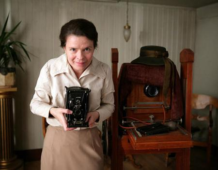 """<p>""""Everlast Moments"""" centres on Maria Larsson, a young, poor woman who in the early 20th century wins a camera at the lottery - an event that not only makes her see the world through new eyes but also changes her life. Maria Heiskanen in Icon Films' """"Everlasting Moments.""""</p>"""