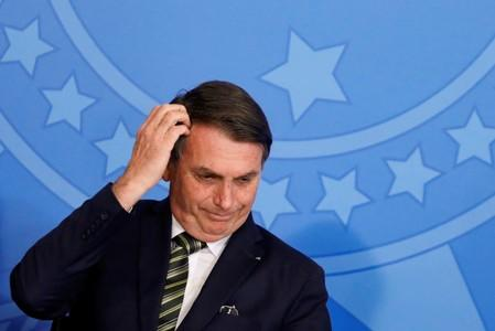 Brazil's Bolsonaro snubs French foreign minister for haircut