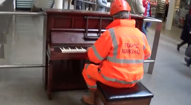 'Workman' amazes commuters with piano skills at St Pancras