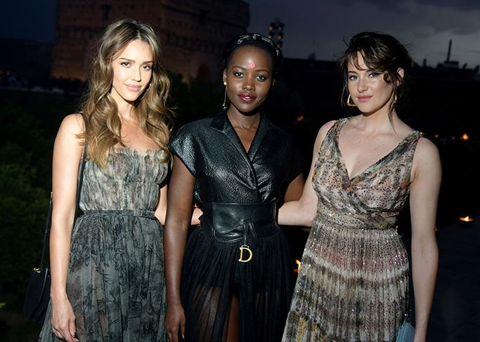 Jessica Alba Shows Off A Romantic Look And Lupita Nyongo Has Legs