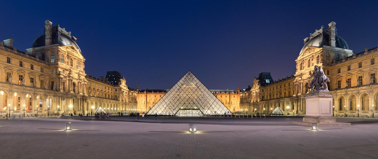 <p>What can be said about the Louvre that hasn't already been said? Beyonce shot her latest video in its haloed halls. Heck even she approves!<br />Photograph: Benh LIEU SONG/Creative Commons </p>