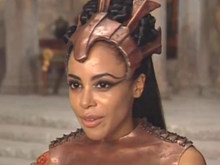 aaliyah queen damned