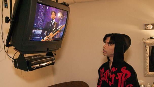 PHOTO: Prince is photographed in the green room of 'The Tonight Show' in Burbank, Calif., in 2002. (Prince: A Private View/Afshin Shahidi)