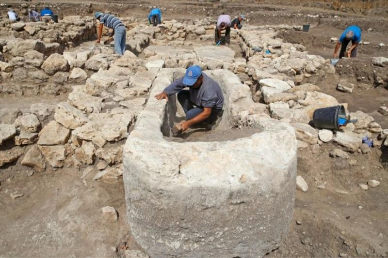 'Israel's Ancient NYC': 5,000-Year-Old Megacity Unearthed by Archaeologists