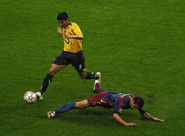 Reyes in action for Arsenal against Barcelona's Juliano Belletti in the 2006 Champions League final (Photo by Jon Buckle - EMPICS/PA Images via Getty Images)