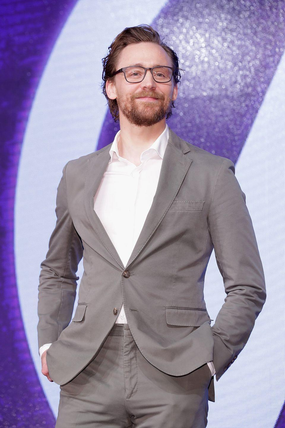<p>Were you aware that Loki could look so good in a pair of specs?</p>