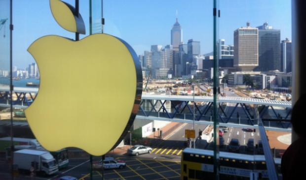 Tim Cook Won't Admit It, But Apple Is Losing Relevancy in China