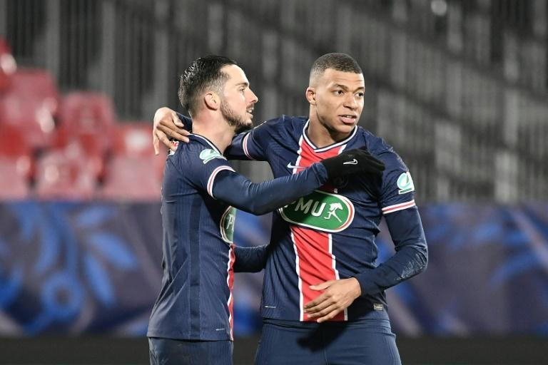 Kylian Mbappe and Pablo Sarabia (L) got the goals as PSG progressed to the last 16 of the French Cup