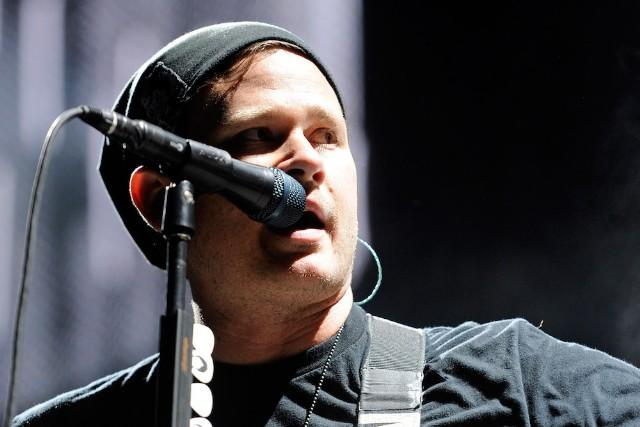 Latest Wikileaks Dump Shows Tom DeLonge Emailing Clinton Campaign Chair About UFOs