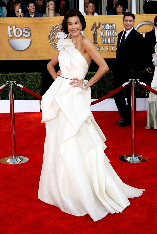 "<a href=""/teri-hatcher/contributor/28498"">Teri Hatcher</a> arrives at the <a href=""/the-15th-annual-screen-actors-guild-awards/show/44244"">15th Annual Screen Actors Guild Awards</a> held at the Shrine Auditorium on January 25, 2009 in Los Angeles, California."