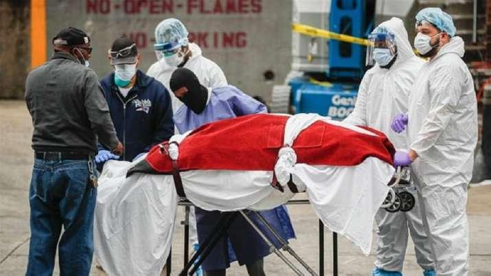 Comparing the two pandemics