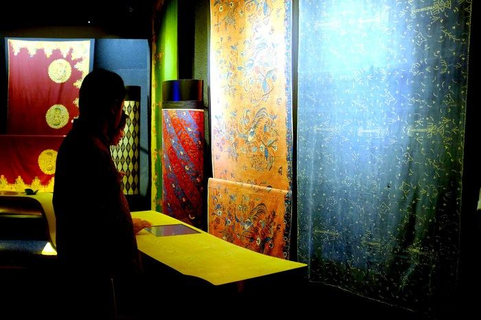Stunning: Guests admire the stunning, rare batik on display in the museum. (