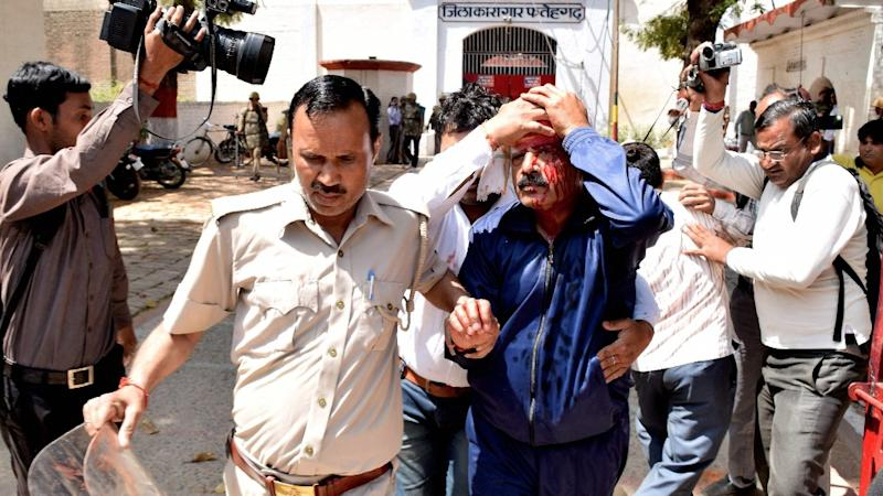 UP: Two Officials Hurt as Inmates Create Ruckus in Fatehgarh Jail