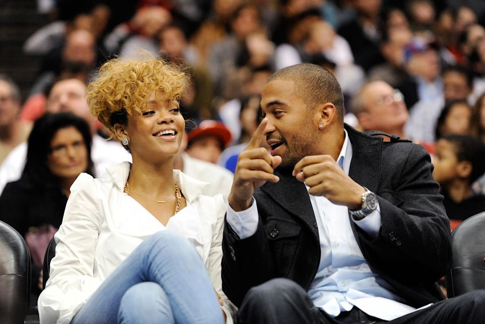 LOS ANGELES, CA - JANUARY 16:  Singers Rihanna and Matt Kemp outfileder of the Los Angeles Dodgers baseball team attend Cleveland Caveliers and  Los Angeles Clippers NBA basketball game at Staples Center on January 16, 2010 in Los Angeles, California. NOTE TO USER: User expressly acknowledges and agrees that, by downloading and or using this photograph, User is consenting to the terms and conditions of the Getty Images License Agreement.  (Photo by Kevork Djansezian/Getty Images)
