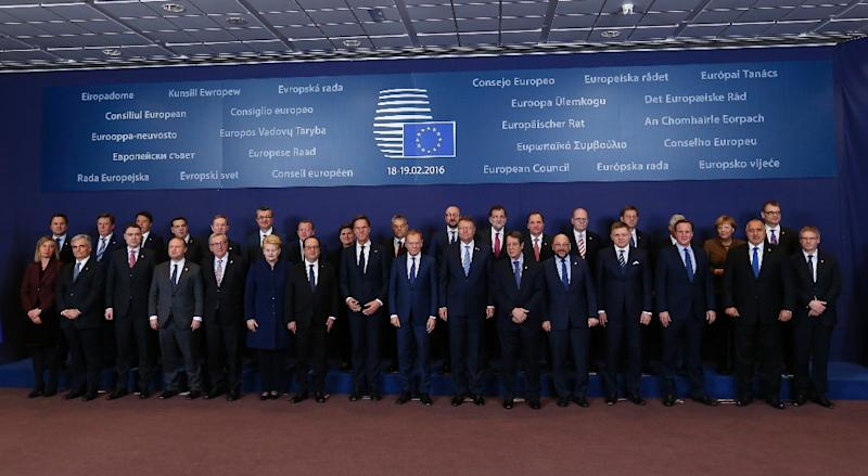 Leaders pose for a family photograph during the EU summit at the European Union headquarters in Brussels on February 18, 2016 (AFP Photo/John Thys)