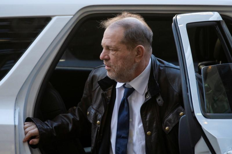 Weinstein jury seated after prosecutors accuse defense of excluding white women