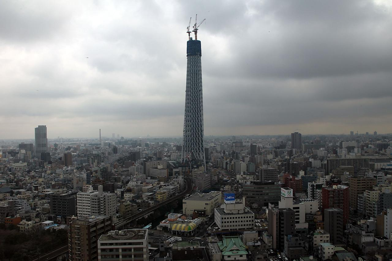 TOKYO - MARCH 29:  The Tokyo Sky Tree is pictured as it reaches a height of 338m during construction on March 29, 2010 in Tokyo, Japan. Surpassing the current tallest building in Japan, the 333m tall Tokyo Tower, the Tokyo Sky Tree will be the tallest artificial structure in the world at a height of 634m on completion in spring 2010.  (Photo by Koichi Kamoshida/Getty Images)