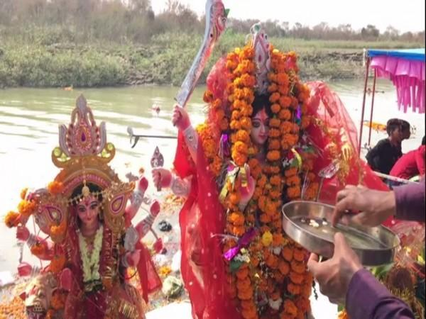 Idols of Goddess being taken for immersion in Ayodhya on Sunday. Photo/ANI