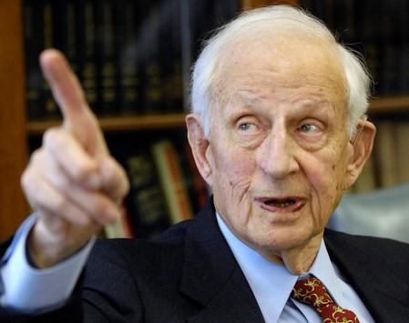 FILE PHOTO - Manhattan District Attorney Robert Morgenthau speaks during an interview in his office, in New York