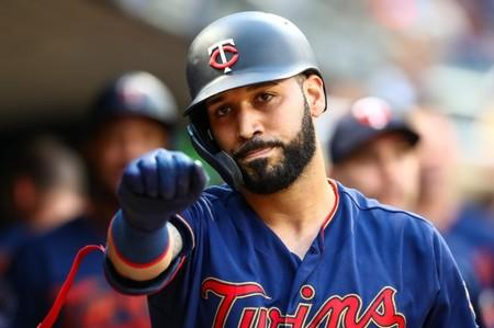 Twins' Gonzalez (hamstring) placed on IL