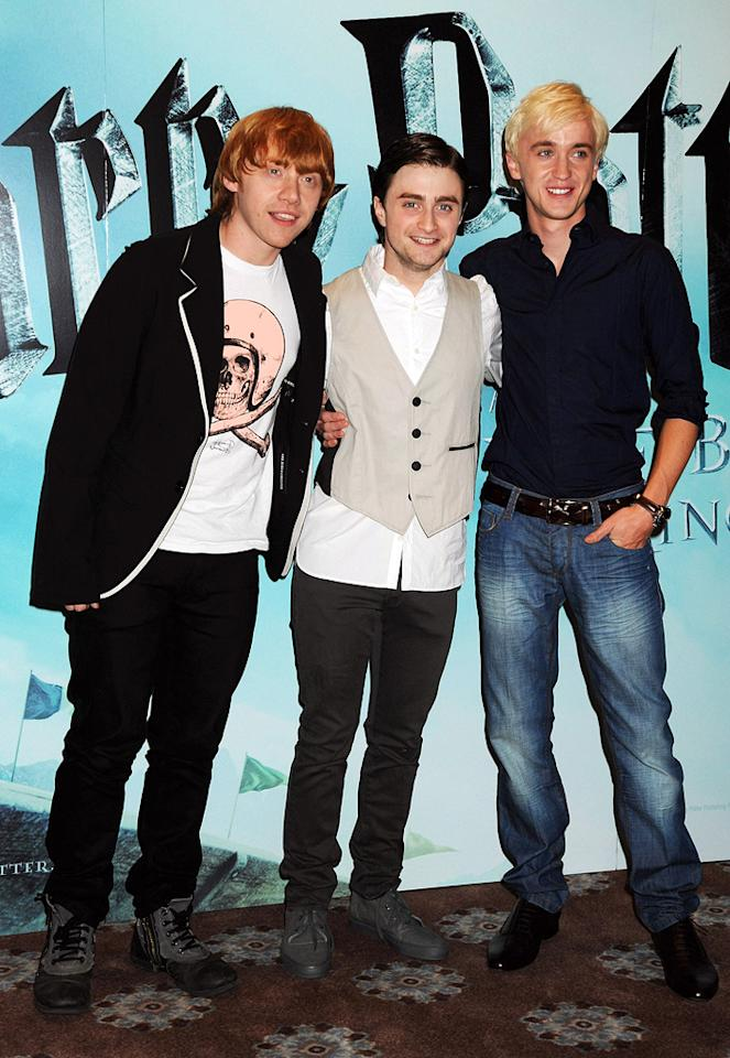 """<a href=""""http://movies.yahoo.com/movie/contributor/1802866082"""">Rupert Grint</a>, <a href=""""http://movies.yahoo.com/movie/contributor/1802866080"""">Daniel Radcliffe</a> and <a href=""""http://movies.yahoo.com/movie/contributor/1800308596"""">Tom Felton</a> at the London photocall for <a href=""""http://movies.yahoo.com/movie/1809791044/info"""">Harry Potter and the Half-Blood Prince</a> - 07/06/2009"""