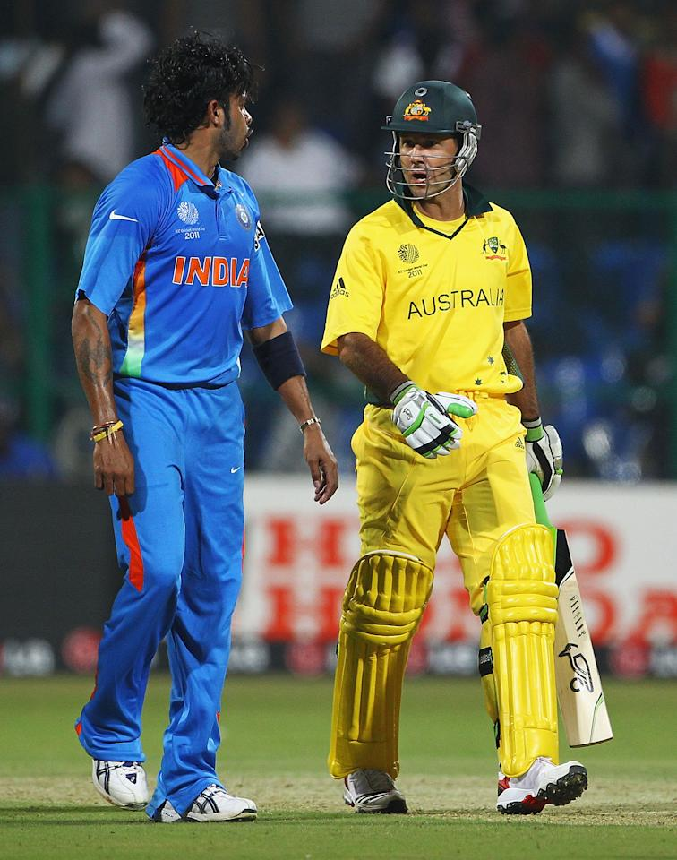 BANGALORE, INDIA - FEBRUARY 13:  Shanthakumaran Sreesanth of India and Ricky Ponting of Australia talk to each other during the 2011 ICC World Cup Warm up game between India and Australia at the M. Chinnaswamy Stadium on February 13, 2011 in Bangalore, India.  (Photo by Matthew Lewis/Getty Images)