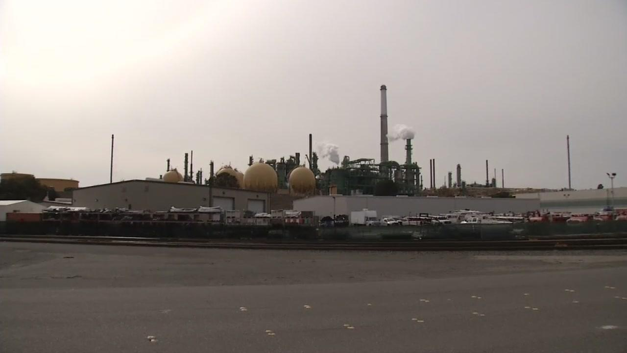 The air advisory in Benicia has been lifted. People with respiratory problems were advised to stay indoors Sunday because of poor air quality due to emissions from the Valero Refinery.