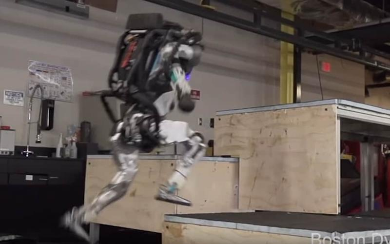 Boston Dynamics' robots can now do parkour - Boston Dynamics