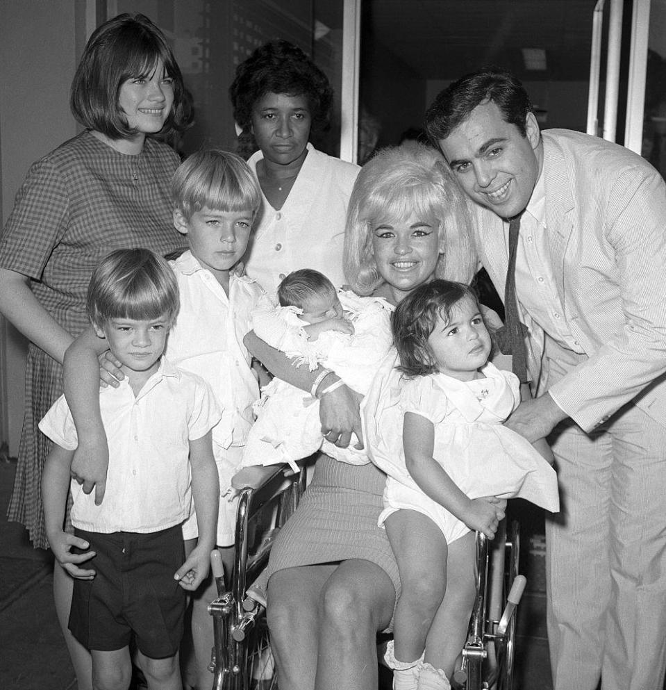<p>Mansfield welcomed her fifth child, Anthony Cimber, on October 18th, 1965—her first and only child with her third husband. The two divorced later that year. </p>