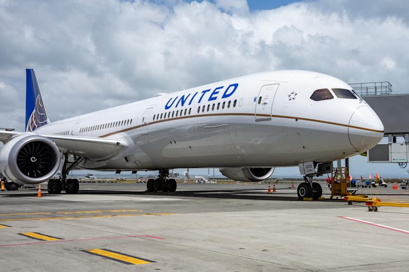 United Airlines, Boeing, 787, Dreamliner, Parked at the gate, Auckland International Airport, New Zealand, 7 January 2020