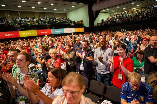 Delegates give a standing ovation after a speech at the Labour Party conference in 2019. (Photo: Andrew Aitchison via Getty Images)