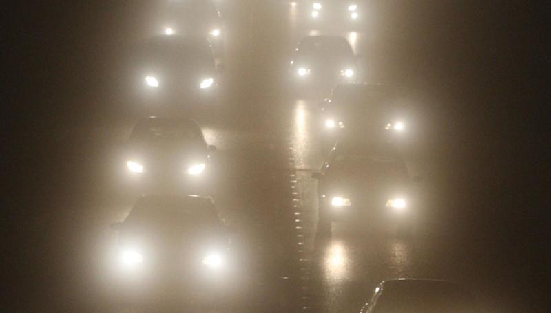 File photo dated 11/12/09 of vehicles in fog. Rush-hour motorists have been warned of the first widespread fog of the season a day before the bank holiday heatwave. PRESS ASSOCIATION Photo. Issue date: Thursday August 22, 2019. The Met office has issued a warning for those travelling early on Friday morning in southern England as dense patches of fog will affect a number of areas including Plymouth and Oxfordshire. See PA story WEATHER Fog. Photo credit should read: Andrew Milligan/PA Wire