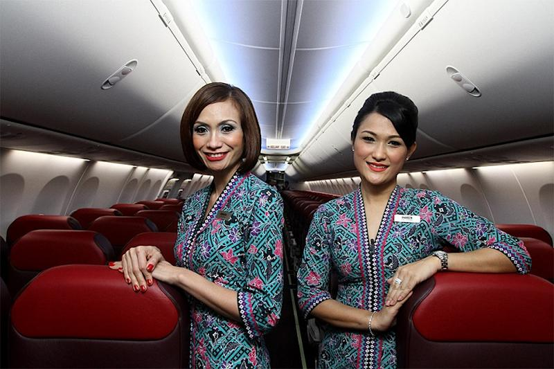 Start charging for booze to earn money, BN MP tells Malaysia Airlines