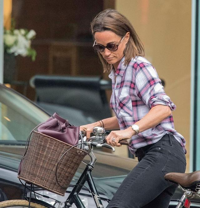 Pippa Middleton has a glam new haircut. (Photo: AKM-GSI)