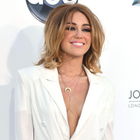 Miley Cyrus: Long dresses are costly