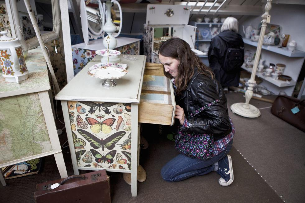 <p>Whenever you can buy a secondhand or vintage treasure for your home, we say go for it! Buying used is often an easy way to find inexpensive, high-quality, and one-of-a-kind pieces. But in some cases, preowned or old items can be unsanitary, more expensive, and, in worst-case scenarios, dangerous. So the next time you scour your favorite thrift shop (or an antique store or garage sale)<span></span>, stay clear of these items.</p>