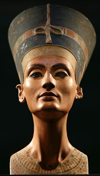 Archaeologists have never discovered the mummy of Nefertiti, a legendary beauty who played a major political and religious role in the 14th century BC (AFP Photo/Michael Sohn)