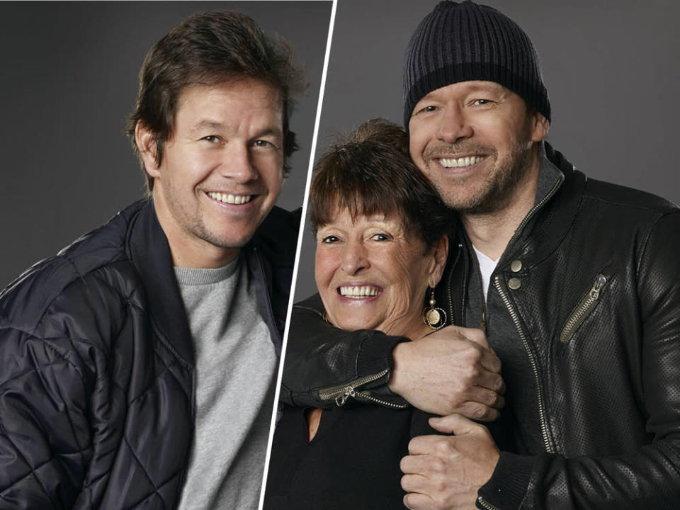 "Mutter Alma stand mit ihren Söhnen Mark (l.) und Donnie in der Reality-Show ""Wahlburgers"" vor der Kamera. (Bild: [M] imago images / Cinema Publishers Collection)"