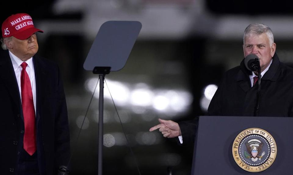 Franklin Graham with Donald Trump at a campaign rally in Hickory, North Carolina on 1 November 2020.