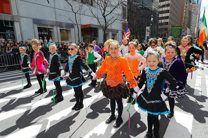 Students of the Irish Dancing Music Association wait to perform during the St. Patrick's Day Parade on March 16, 2019, in New York. (Photo: Gordon Donovan/Yahoo News)