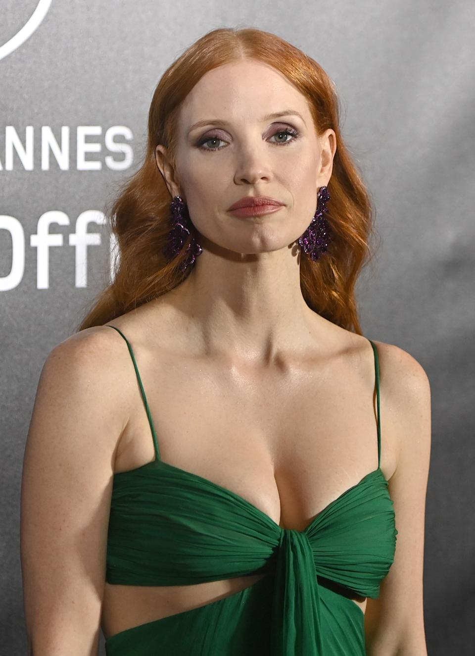 CANNES, FRANCE - JULY 09: Jessica Chastain attends the photocall ahead of the Chopard Trophy dinner during the 74th annual Cannes Film Festival on July 09, 2021 in Cannes, France. (Photo by Kate Green/Getty Images)