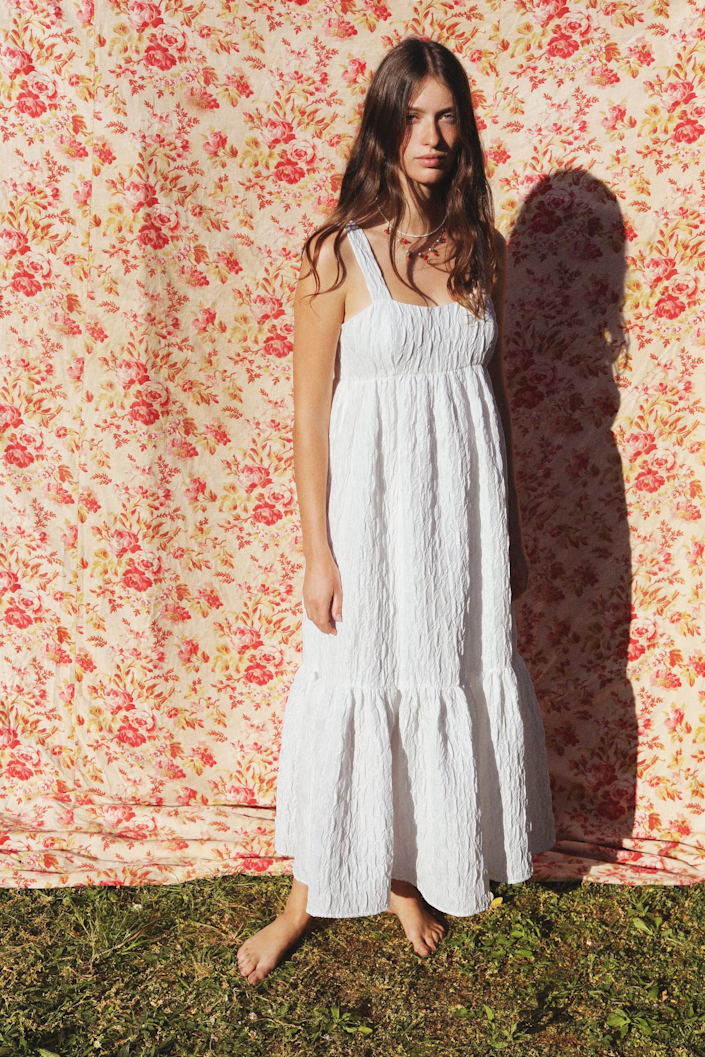 Zara S New Collection Is Packed With Summer S Hottest Trends