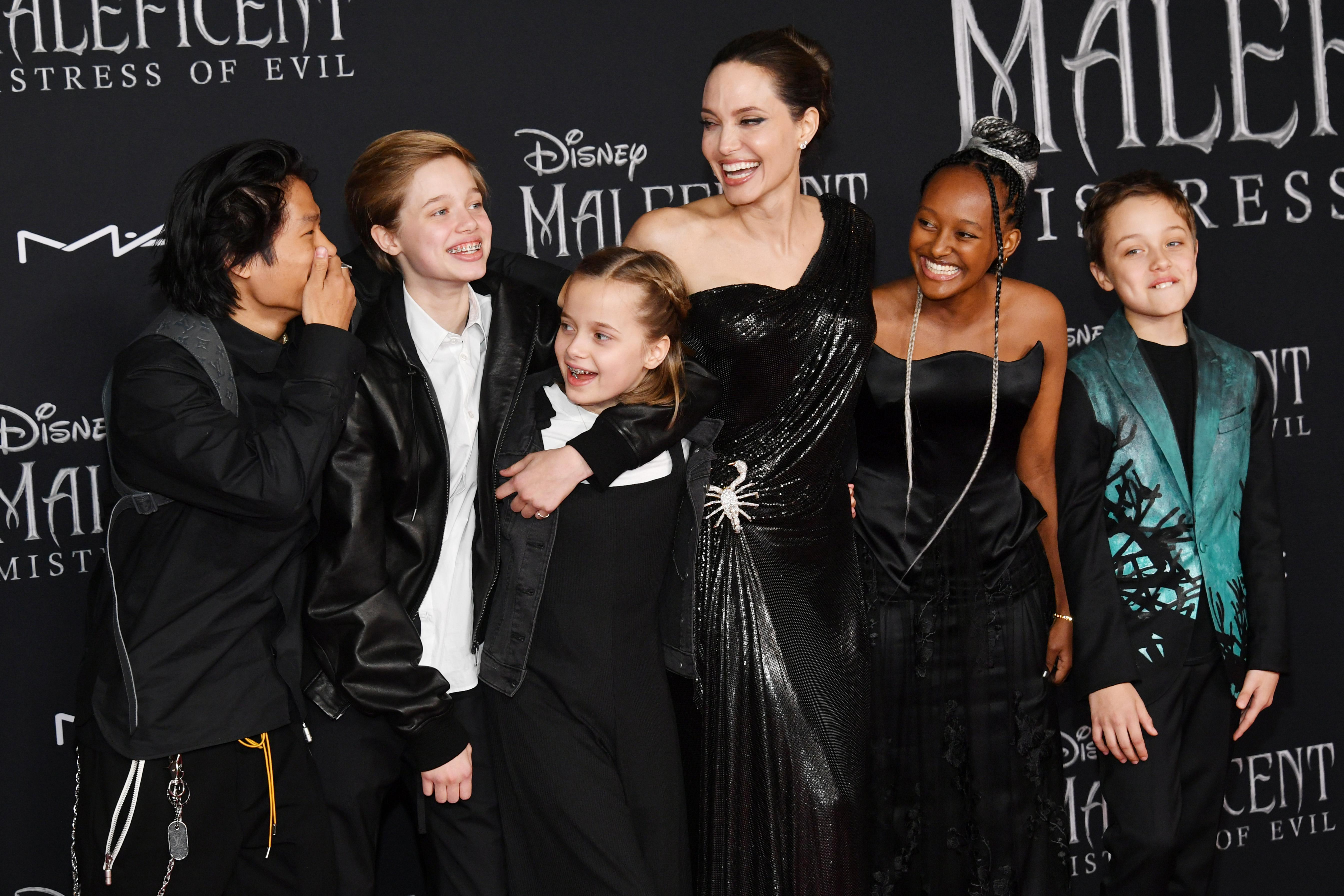 Pax Thien Jolie-Pitt, Shiloh Nouvel Jolie-Pitt, Vivienne Marcheline Jolie-Pitt, Angelina Jolie, Zahara Marley Jolie-Pitt, and Knox Léon Jolie-Pitt attend the world premiere of Disney's 'Maleficent: Mistress Of Evil' at El Capitan Theatre on September 30, 2019 in Los Angeles, California [Photo: Getty]