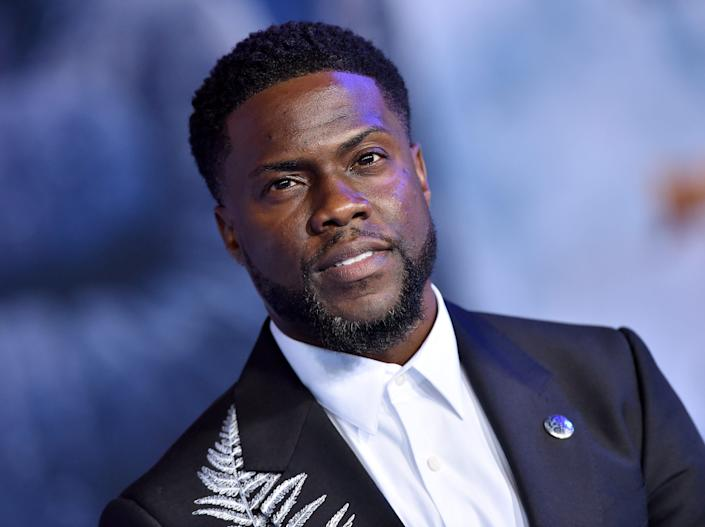 Kevin Hart on red carpet